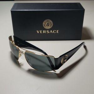 NWT Versace Sunglasses 2163 Gold /Black